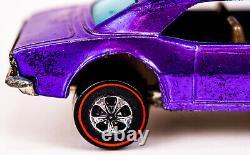 1967 Mattel Hot Wheels Redlines Purple Custom Camaro & Badge Button Hong Kong