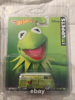 2021 BLOWOUT! Hot Wheels VW T1 Reeses, Kermit, Super Mario Panel Microbus Lot