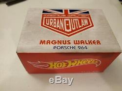 HOT WHEELS RLC EXCLUSIVE URBAN OUTLAW PORSCHE 964 with MAGNUS WALKER FIGURINE