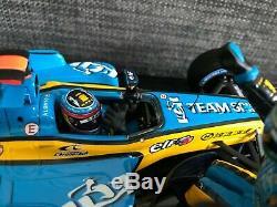 HotWheels G9754 Alonso Renault F1 2005 CONSTRUCTORS' CHAMPIONS 118 SHANGHAI