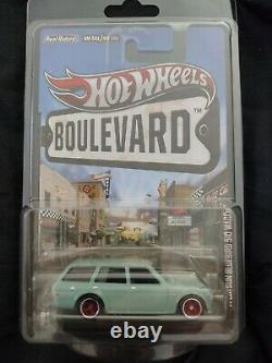 Hot Wheels Boulevard 71 Datsun Bluebird 510 Wagon Real Riders