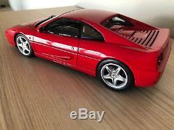 Hot Wheels Elite 118 Ferrari F355 Berline Diecast red Exellent condititon
