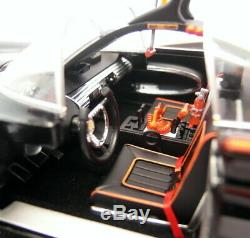 Hot Wheels Elite 1/18 Scale Diecast L7130 1966 TV Series Batmobile Batman