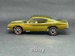 Original Hot Wheels Redlines US Gold Custom Barracuda